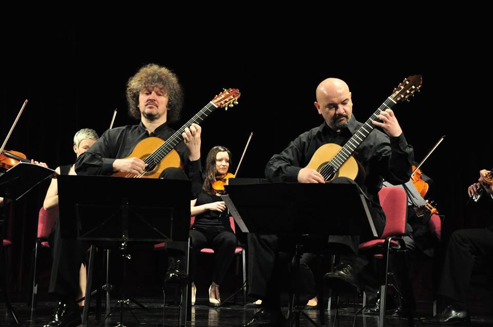 Zoran Dukić, Tvrtko Sarić - guitars